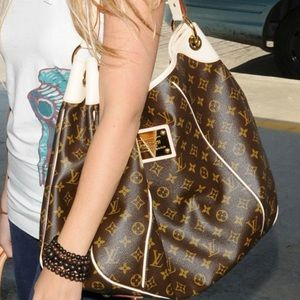 🌸GORGEOUS🌸 Stunning Hobo Louis Vuitton